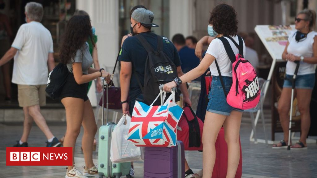 Coronavirus: Tui scraps holidays to mainland Spain over quarantine