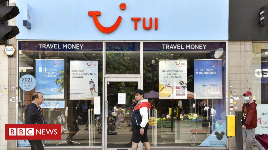 Holiday firm Tui to shut 166 High Street shops